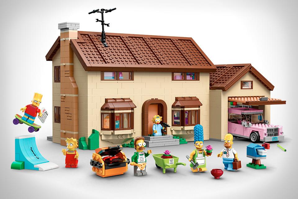 The-Simpsons-Lego-Set-00