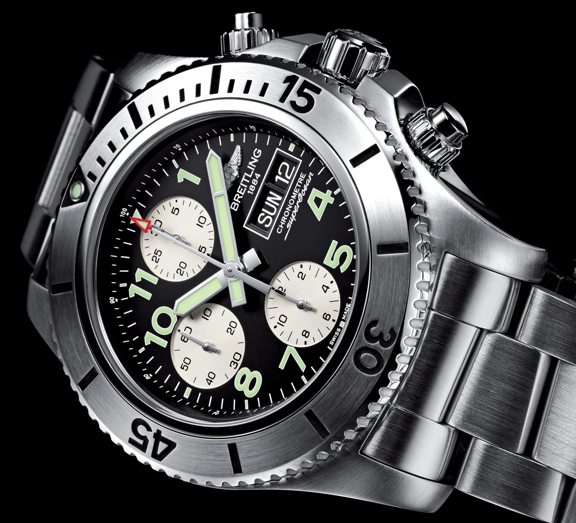 asset-version-fc23aadd8e-superocean-chronograph-steelfish-zoom