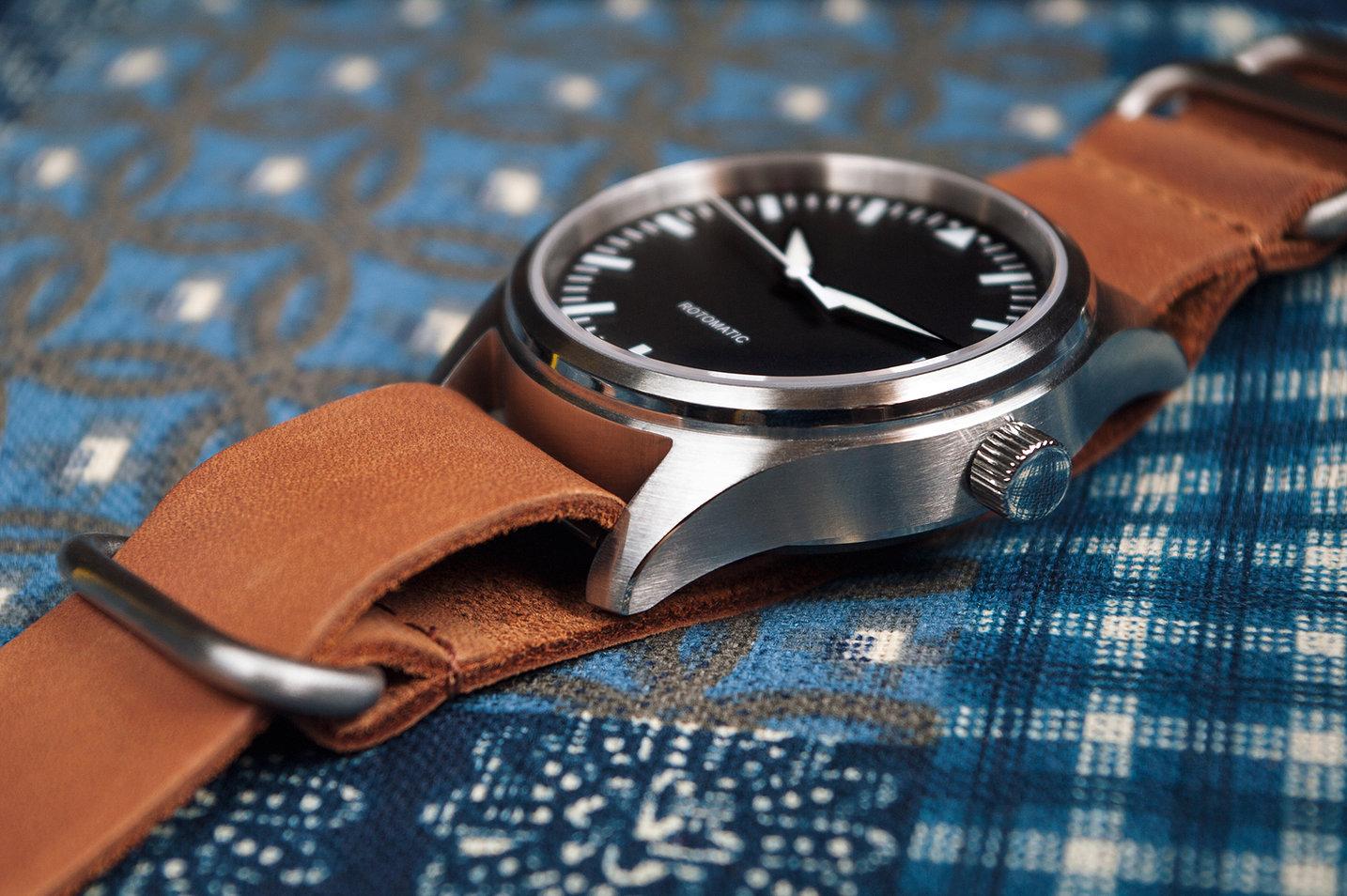 ronin watch close up