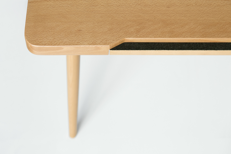 Desk Detail 1