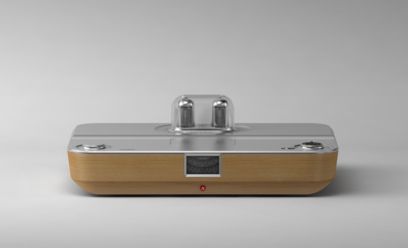 stefan-radev-and-partners-tube-amplifier-apple-android-devices-designboom-01
