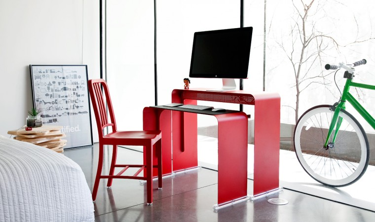 OneLessDesk-Bright-Red-with-Chair-2-Heckler-Design-760x450