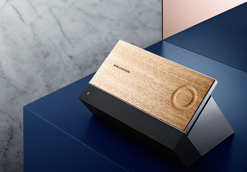 bang-olufsen-beosound-moment-designboom01
