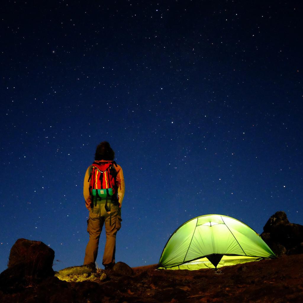 topo_designs_mountain_pack_red_thomas_rosten_1024x1024