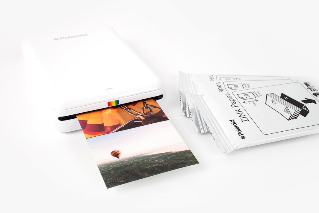 polaroid zip instant mobile printer the coolector. Black Bedroom Furniture Sets. Home Design Ideas
