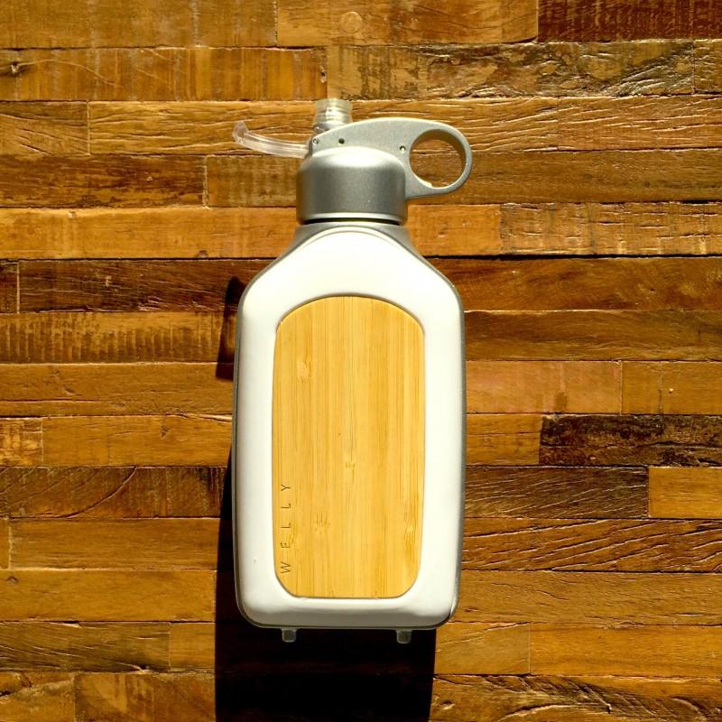Bottle_on_Wood_1