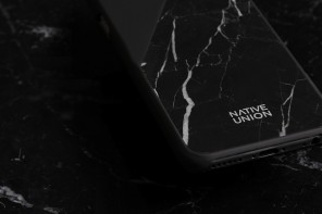 Native Union CLIC Marble Phone Case
