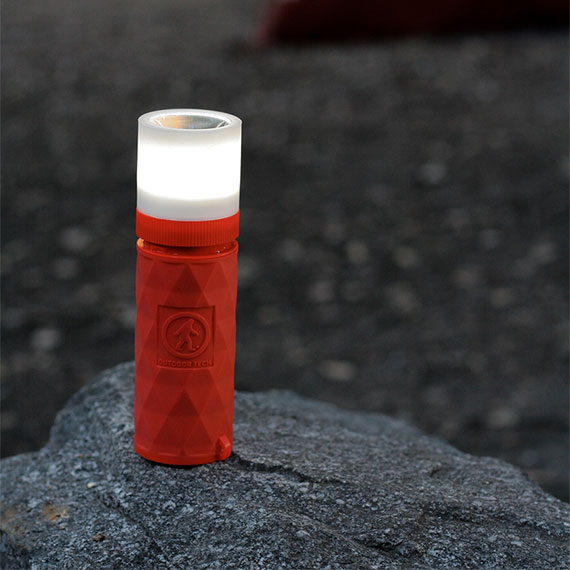 buckshot-pro-portable-speaker-torchlight-570x570