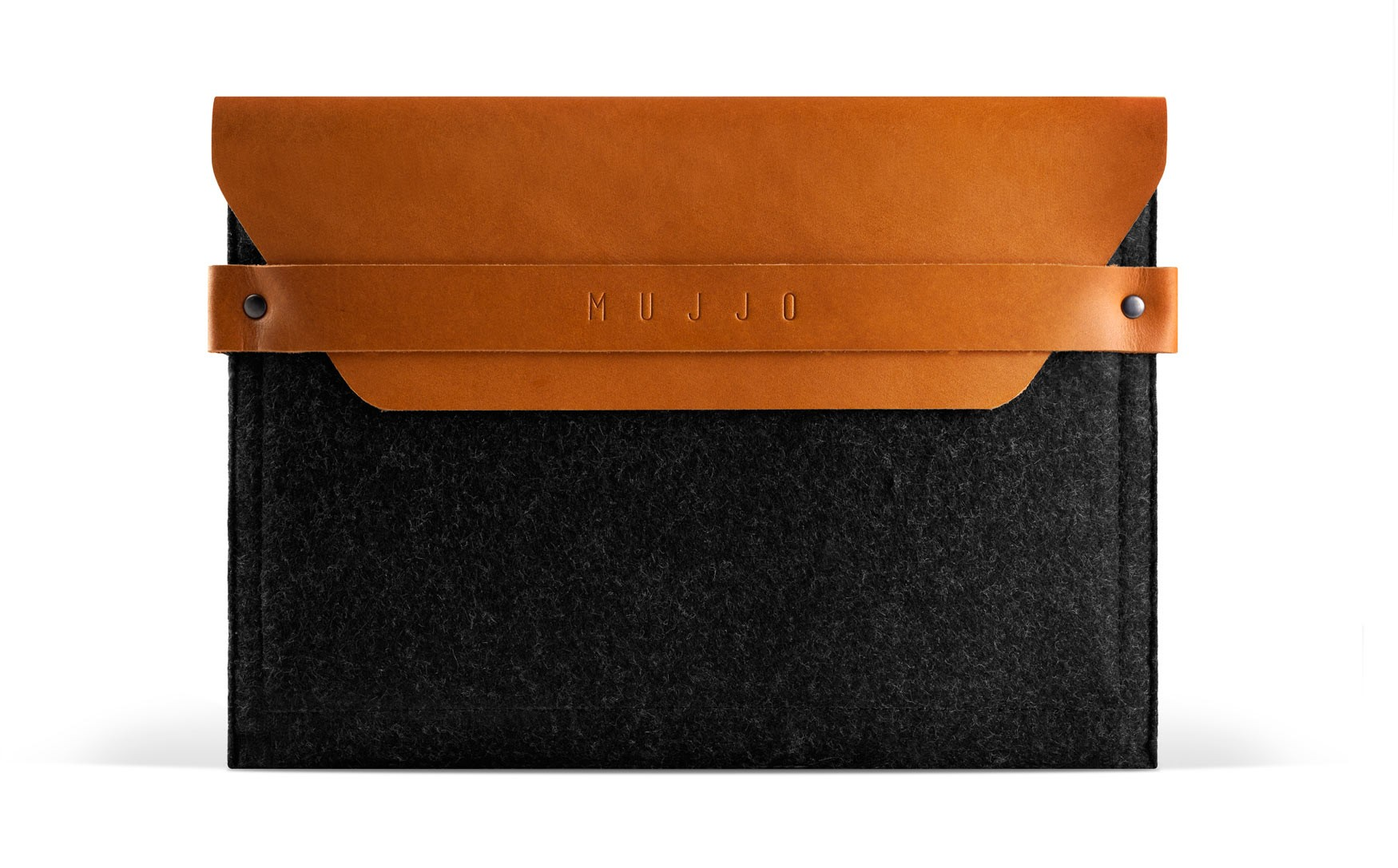 ipad_envelope_sleeve_-_tan_-_studio_-_001