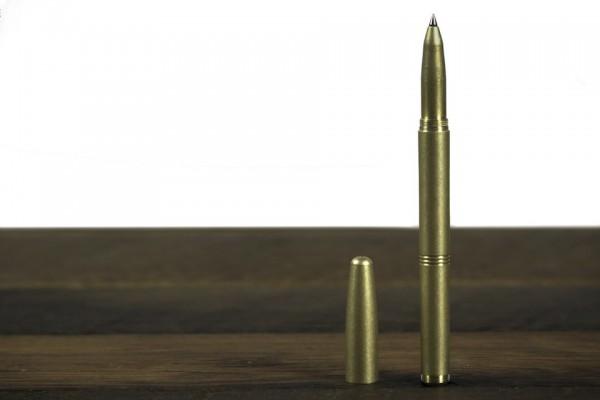 pen-wood-standing