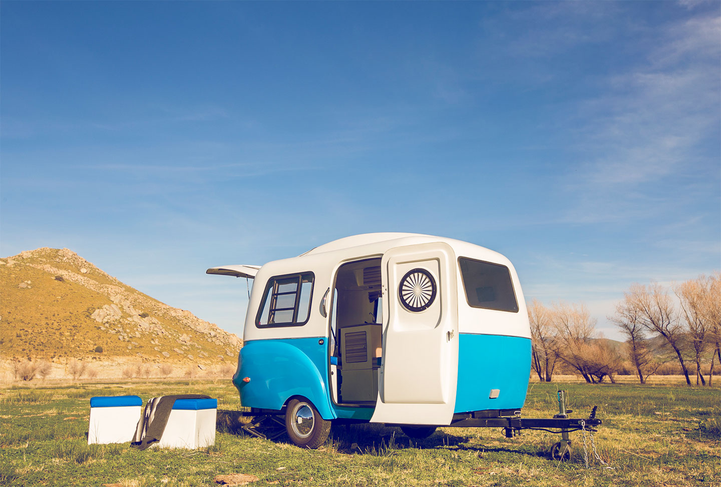 happier-camper-tertiary-bg