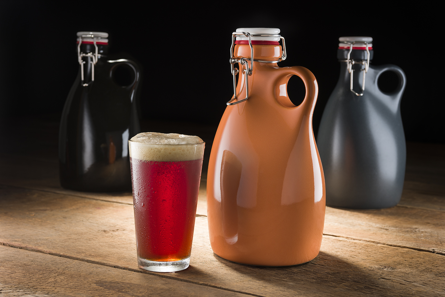 Orange-Vessel-company-Stoneware-Beer-Growler-rob-englert-hal-silverman-ram-industrial-design
