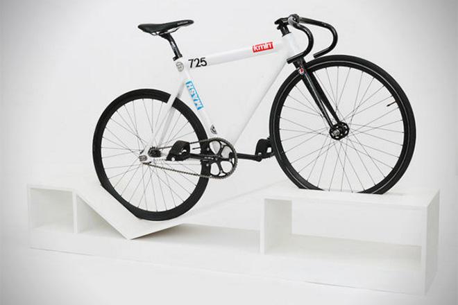 Bike-Storage-Furniture-by-Manuel-Rossel-4