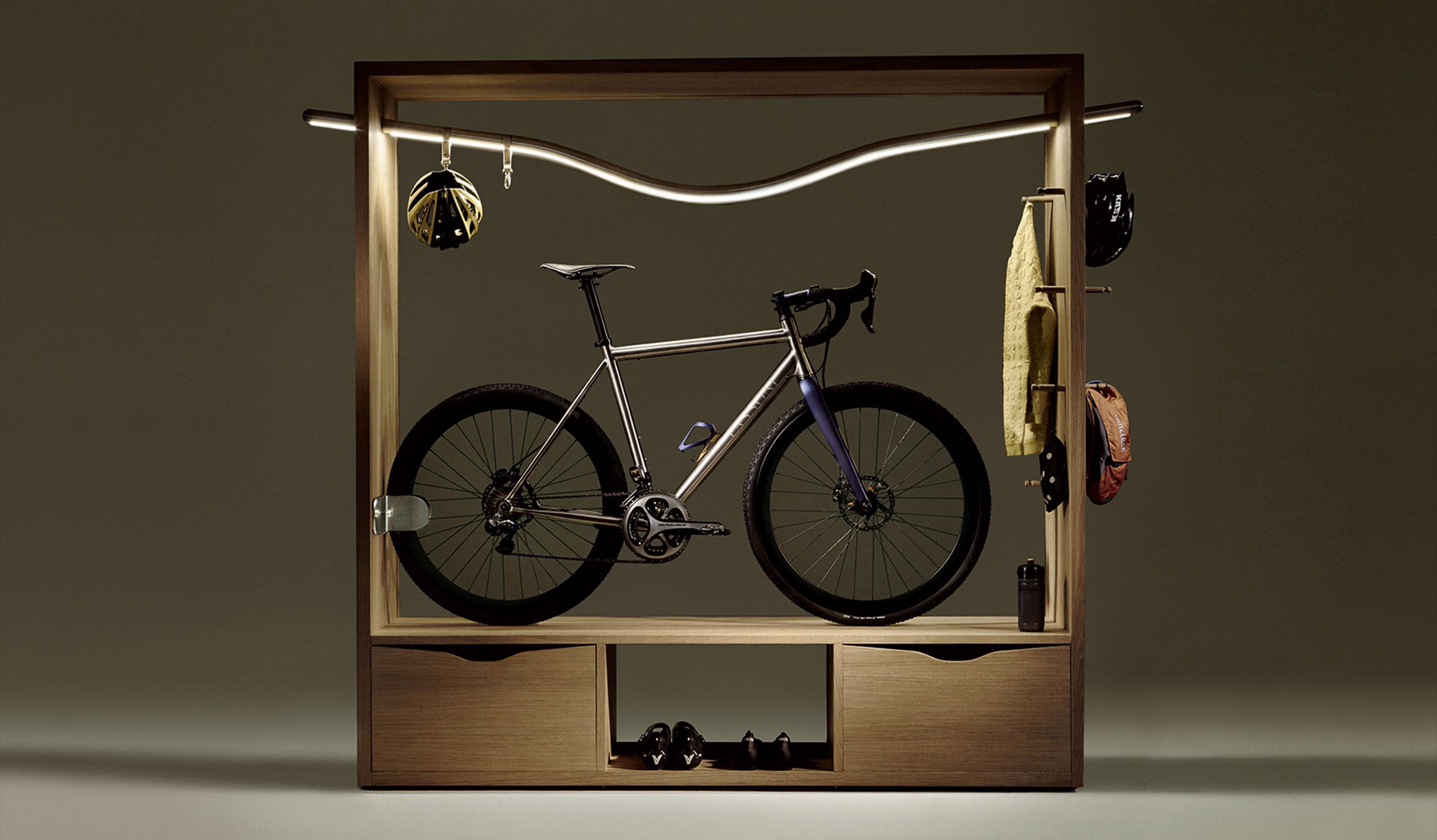 shelf-full-frame-1-3