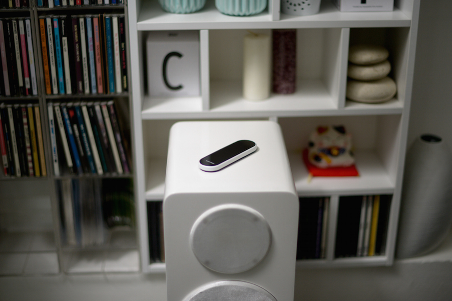 191799-Sevenhugs_SmartRemote_speakers-50632e-original-1451565827
