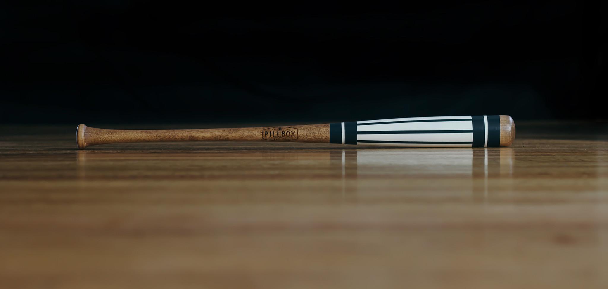 Pinstripes-Baseball-Bat---Navy_2048x2048