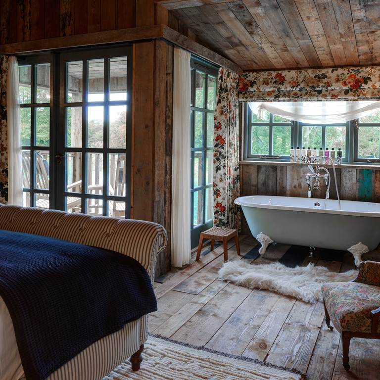 Copyright_Soho_Farm_House_Cabins3_03