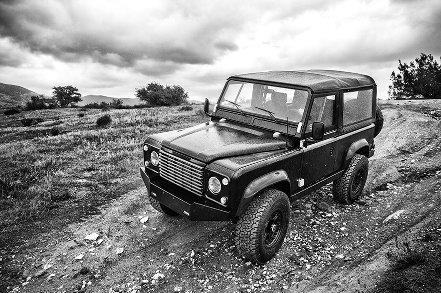 ICON_Land_Rover_D90_Reformer_angle_bw