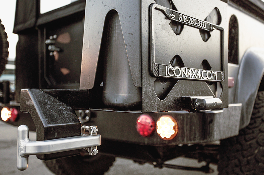 ICON_Land_Rover_D90_Reformer_rear_bumper_carrier