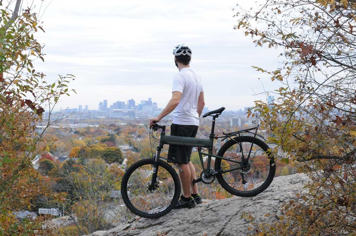 Paratrooper-mountain-overlooking-city