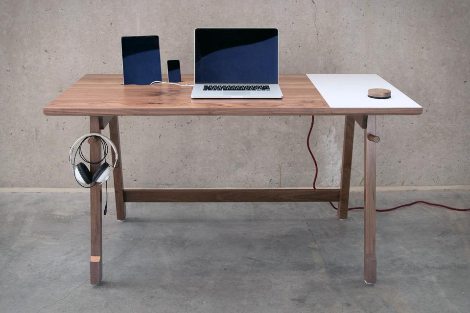 artifox-desk