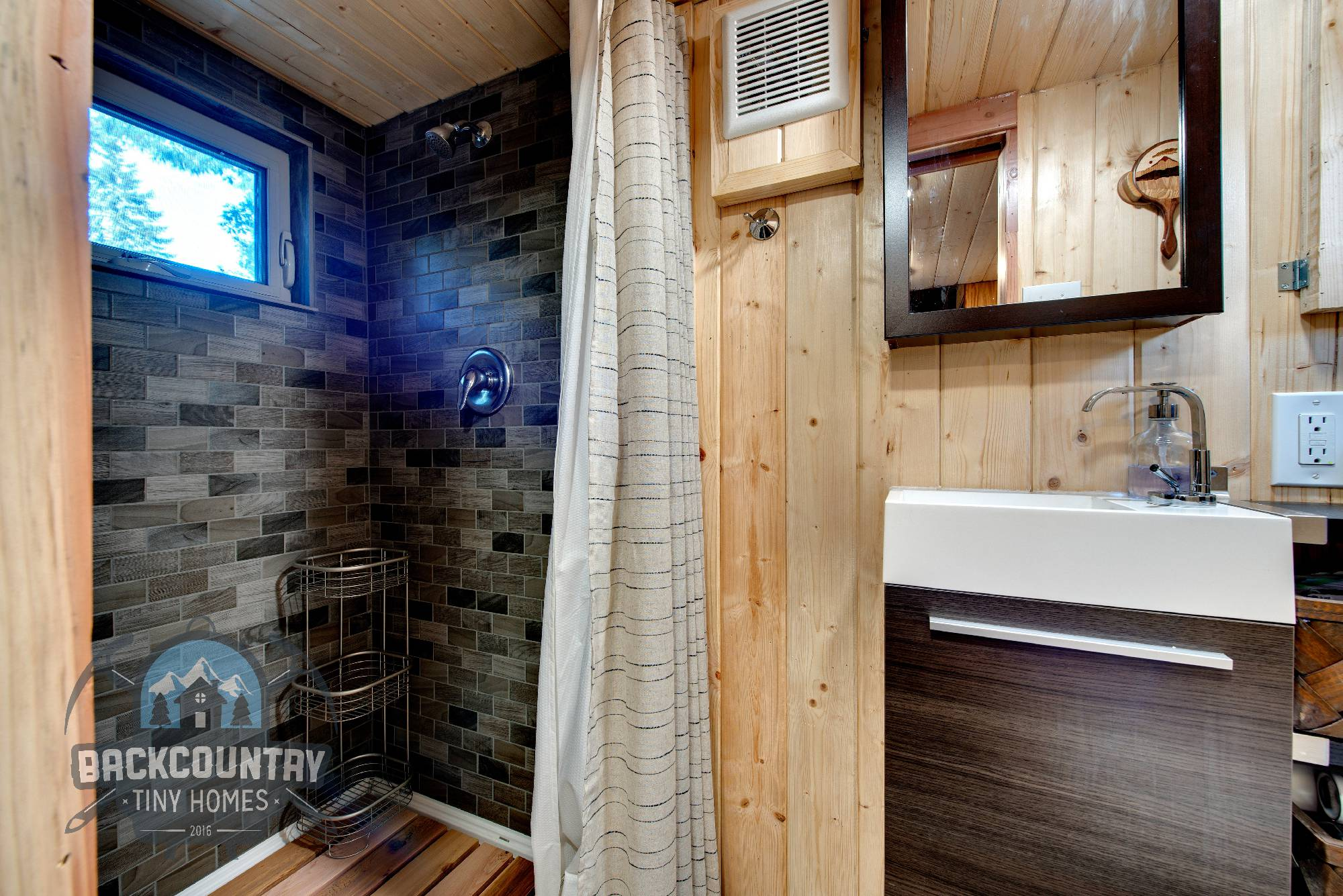luketinaorlando-tinyhouse-26-5782x3860-54