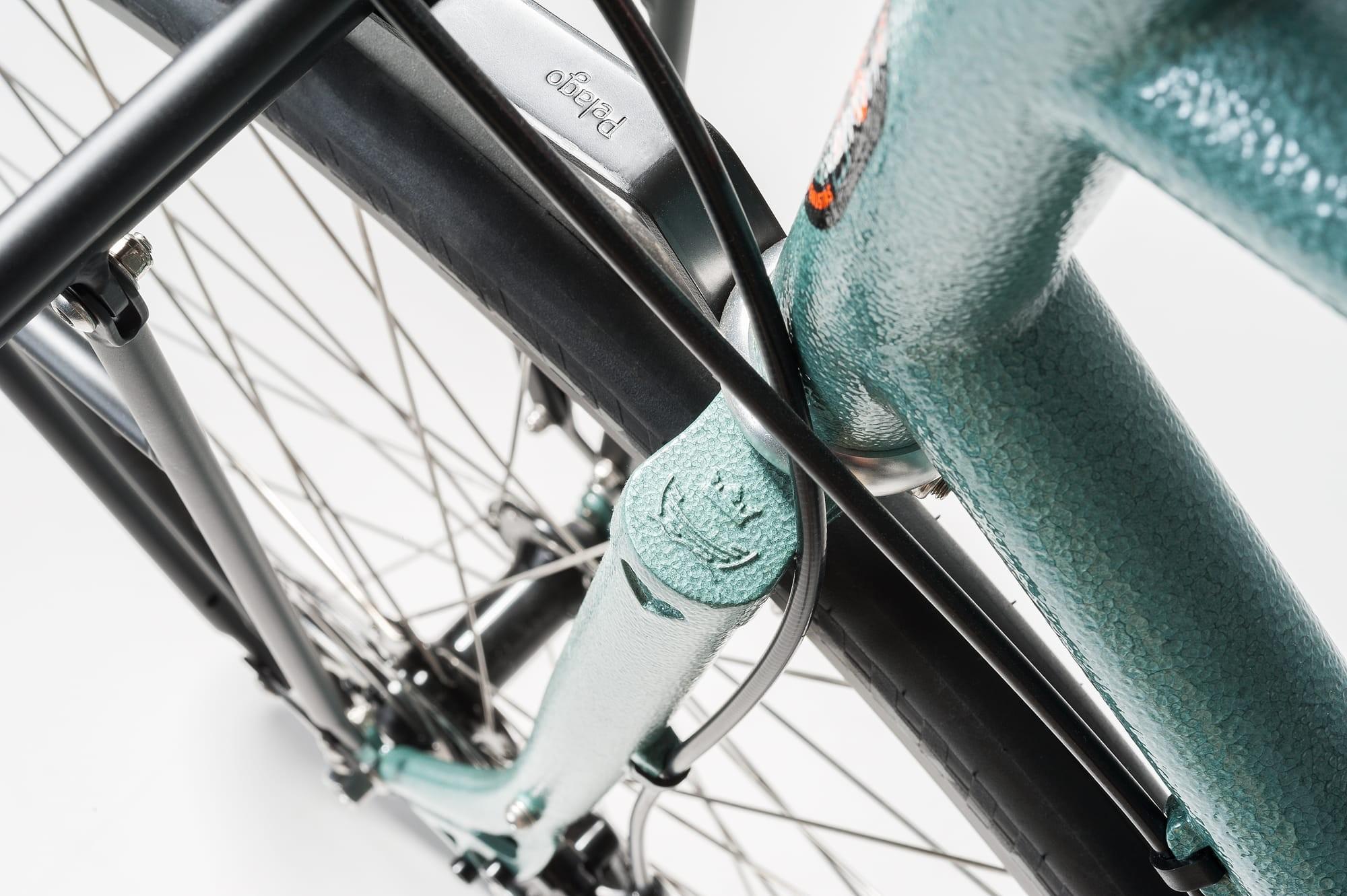 05_fw16_bike_details
