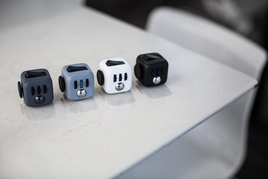 Fidget Cube Kickstarter - 4