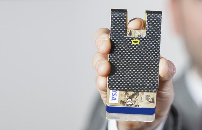 carbon-card-clip-4