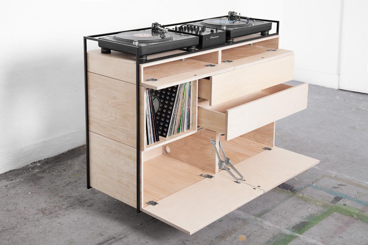 studio-rik-ten-velden-image-05-selectors-cabinet-credit-bjorn-nardten