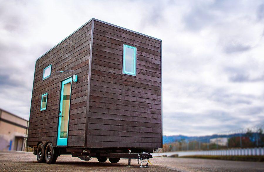 bunk-box-tiny-house-glass-door