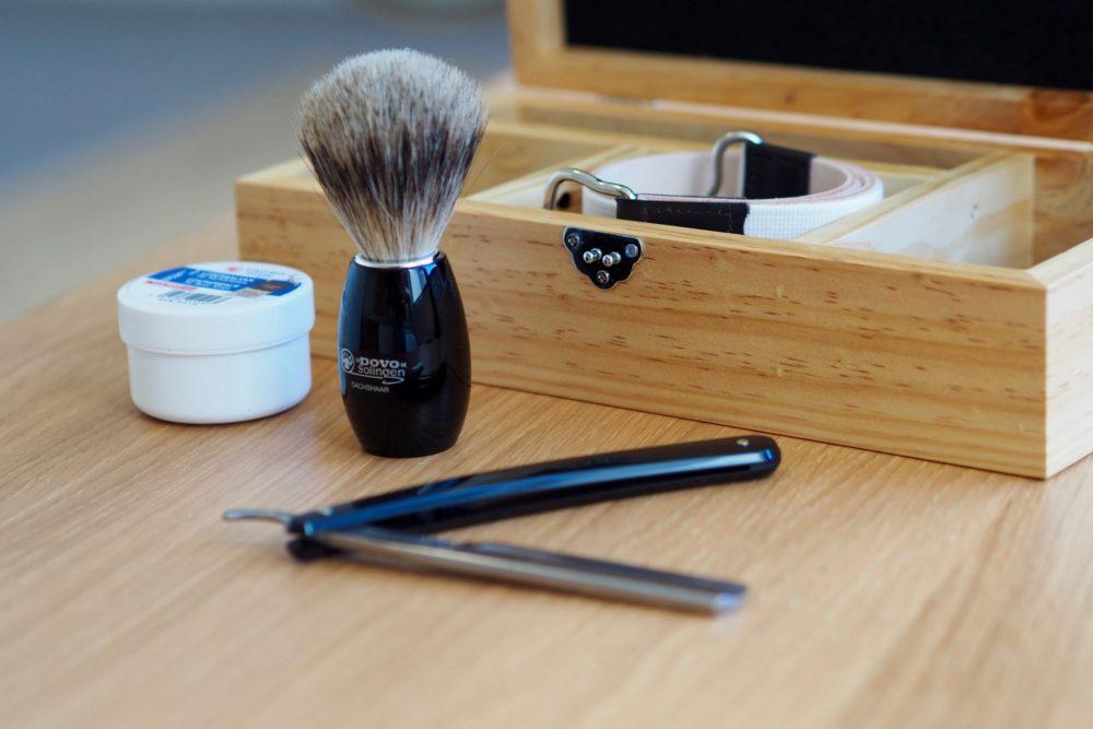 cut throat club razor kits the coolector. Black Bedroom Furniture Sets. Home Design Ideas