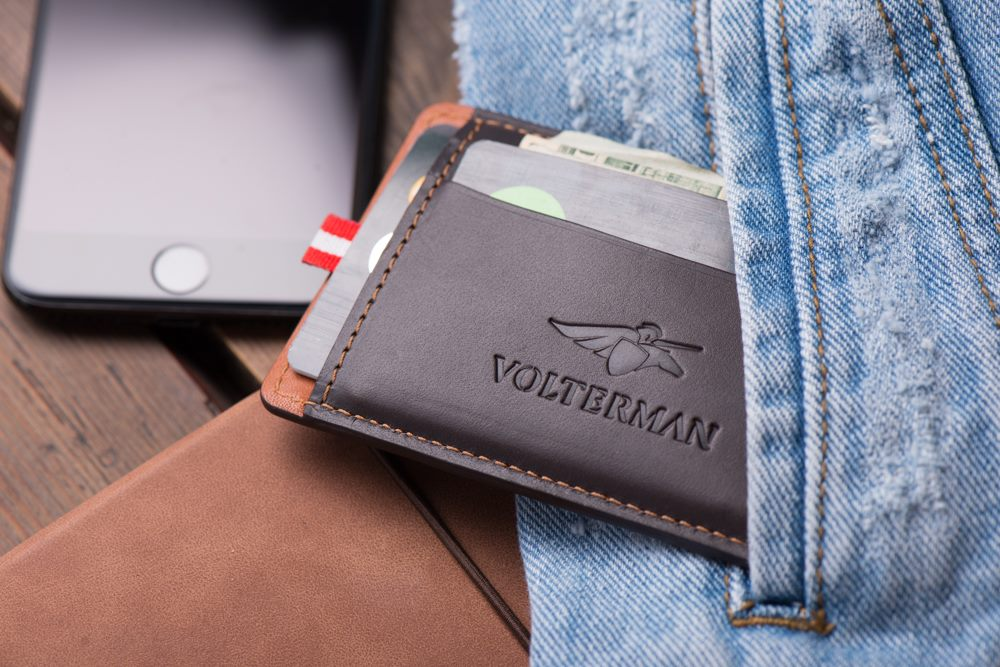 titan smart wallet