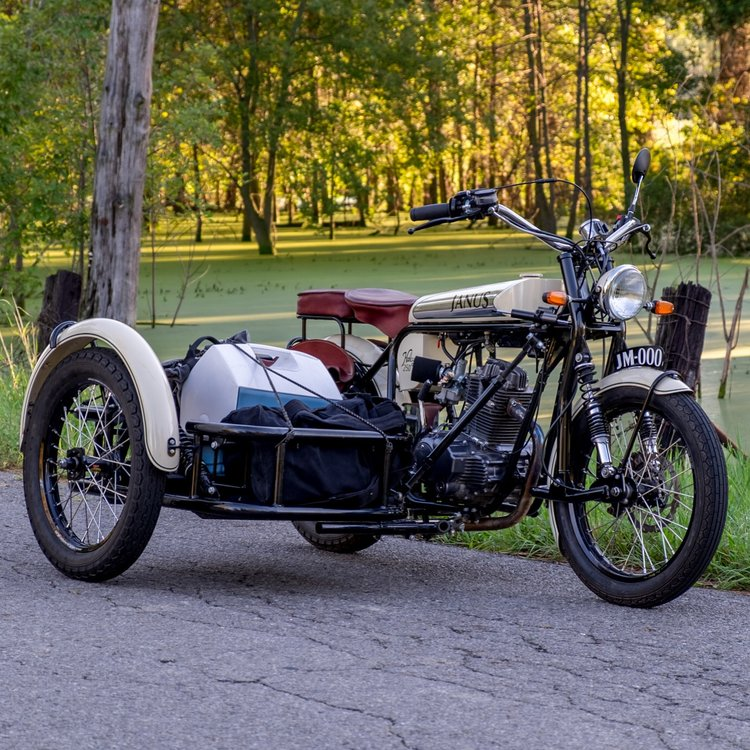 Janus Halcyon 250 Motorcycle   The Coolector