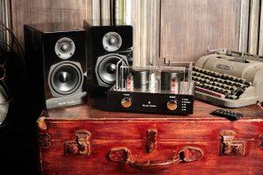 Blue Aura Blackline V40 Amplifier