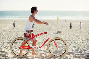 Pure Cycles Brewster Beach Cruiser