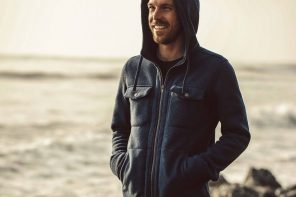Taylor Stitch Big Sur Hoodie in Heather Navy