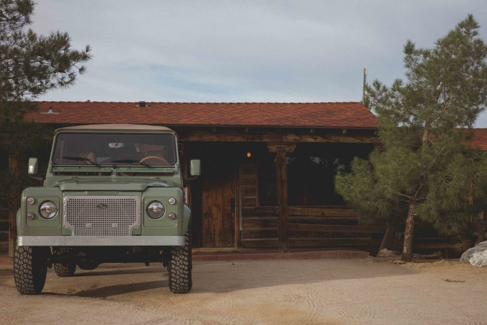 Cool & Vintage Grasmere Green Land Rover D90 | The Coolector