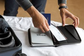 5 of the Best Bellroy Work Accessories