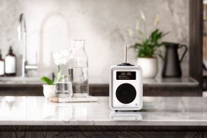Ruark Audio R1 Deluxe BlueTooth Radio