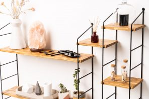 SMĪLE: The Modular Shelving Unit