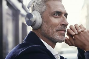 Bang & Olufsen Beoplay H95  Headphones